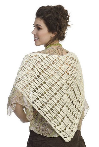 easy crochet shawl pattern 400x595 10 Terrific Crochet Shawl Pattern Designers and their Most Popular Patterns