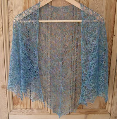 lightweight crochet shawl 400x405 How to Crochet a Shawl: The Ultimate Resource Guide