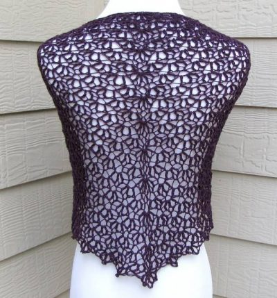 scallops crochet pattern 400x429 How to Crochet a Shawl: The Ultimate Resource Guide