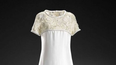 vintage balmain lace dress 400x225 Designer Crochet: The 50 Famous Fashion Designers Project