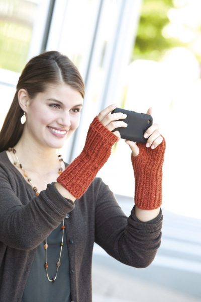 Cabled Columns Mitt LA 400x600 Crochet Texting Mitts (Review, Interview, Blog Tour and Giveaway!)