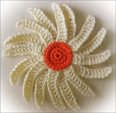 uncinetto fiore trey ajusto
