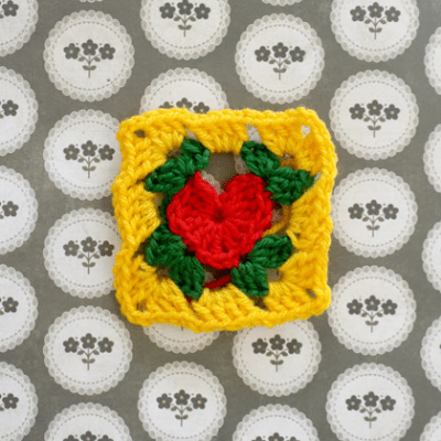 crochet heart granny square free pattern 400x400 This Weeks Best Crochet Link Love!