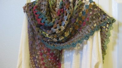 half granny crochet shawl 400x224 10 Most Popular Free Crochet Shawl Patterns