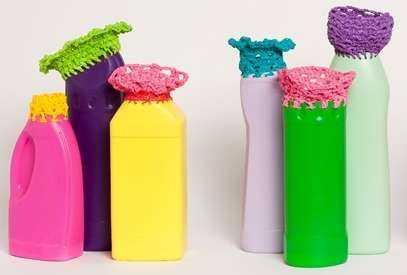 magda van der vloed crochet plastic