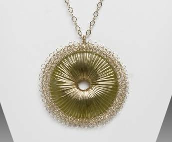 miriam chor freitas crochet wire jewelry 25 More Crochet Artists to Inspire You