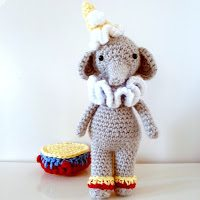 crochet elephant pattern I Heart Crochet Blogs! This Weeks Link Love!
