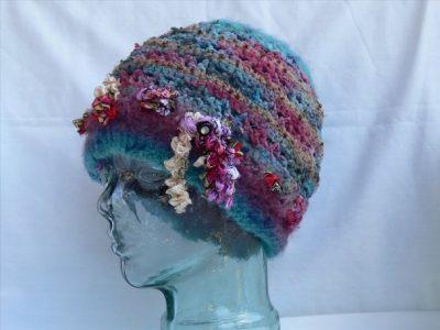 crochet hats 400x300 Crochet: 2011, 2012, 2013 (3/4   3/10)