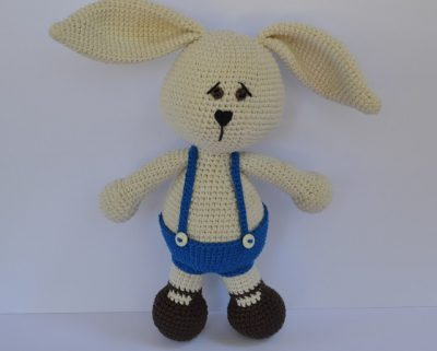 crochet rabbit pattern 400x321 20+ Best New Free Crochet Patterns and Crochet Tutorials (Mid Week Link Love)