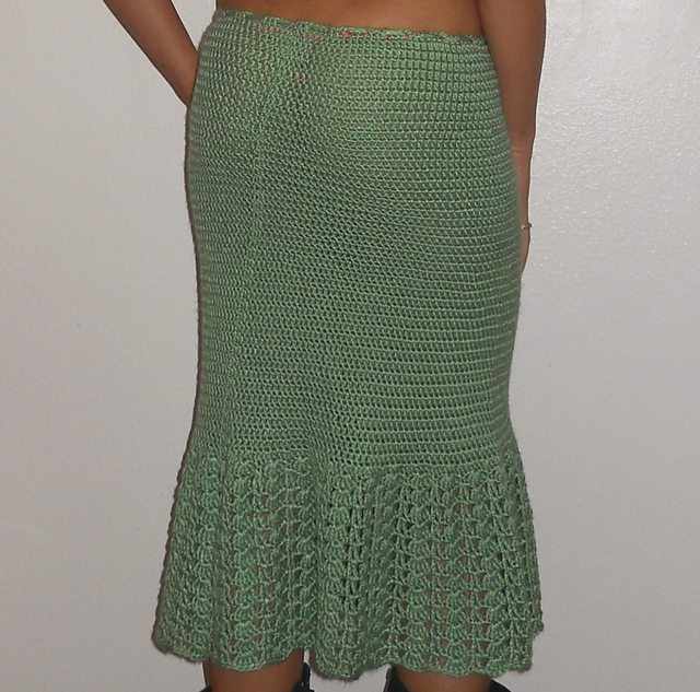 hip hugging crochet skirt pattern