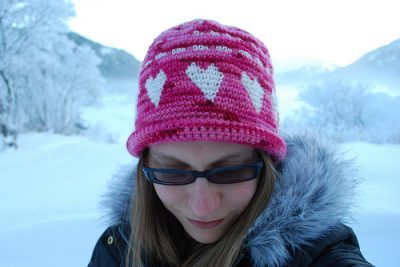 tapestry crochet hat pattern 400x267 (Inter)National Crochet Month So Far