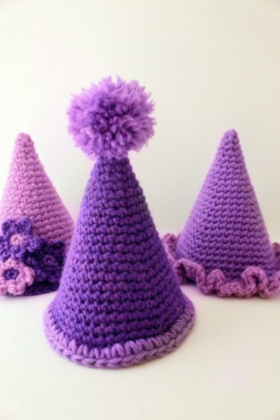 birthday party hats 400x599 5 Adorable Birthday Crochet Patterns