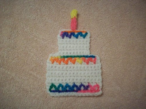 crochet birthday cake Crochet Questions of the Day: Best Answers Roundup
