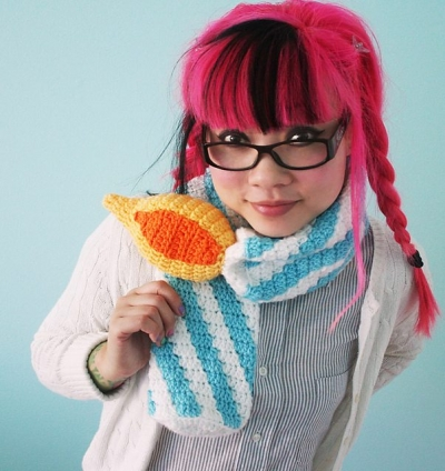 crochet scarf pattern twinkie chan 400x424 5 Adorable Birthday Crochet Patterns