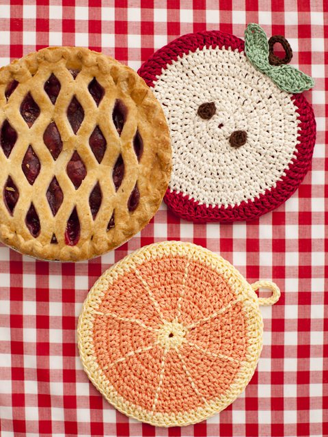crochet potholders 10 Examples of Crochet Items for the Home, a Pinterest Selection