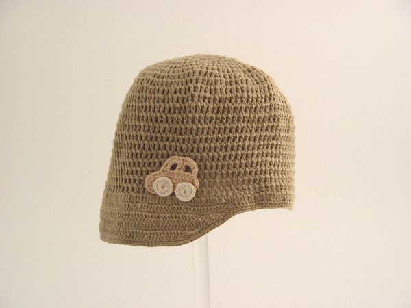 boys crochet hat1 The Simple Beauty of Contrasts: Nyoki Handmade Crochet