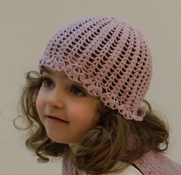 crochet girls hat The Simple Beauty of Contrasts: Nyoki Handmade Crochet