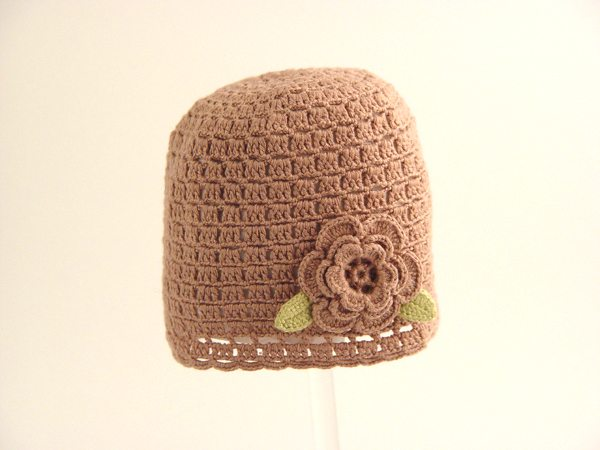 crochet hat The Simple Beauty of Contrasts: Nyoki Handmade Crochet