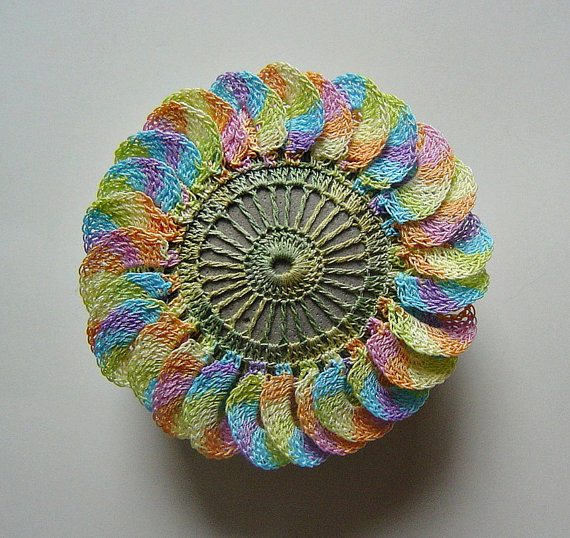crochet lace stones 20 Unique Examples of Crochet Covered Stone Art