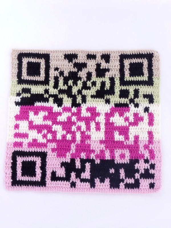 crochet qr code How to Crochet a QR Code That Links to Your Website