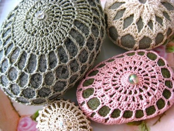 crystal bead crochet rock