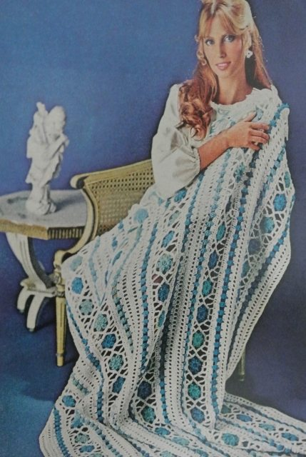 Post image for 20 More Pretty Examples of 1972 Retro Crochet