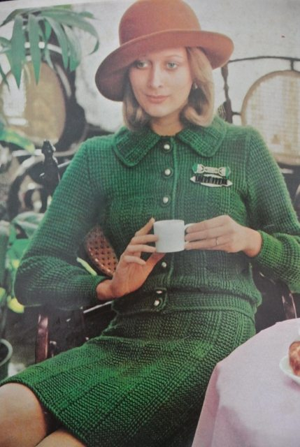 70s crochet suit 20 Crochet Style Examples from 1971 McCalls