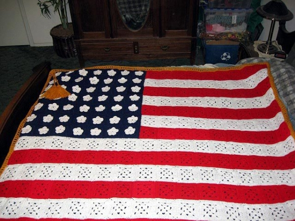crochet american flag blanket 600x450 Special Stories About Crochet American Flags for 4th of July
