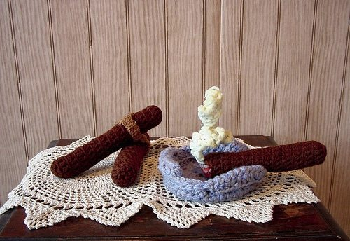 nathan vincent crochet cigars De Stash Your Yarn With a Donation to Male Crochet Artist