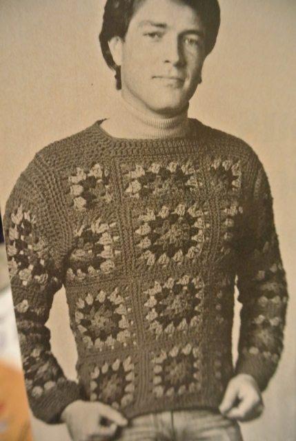 1965s men sweater crochet