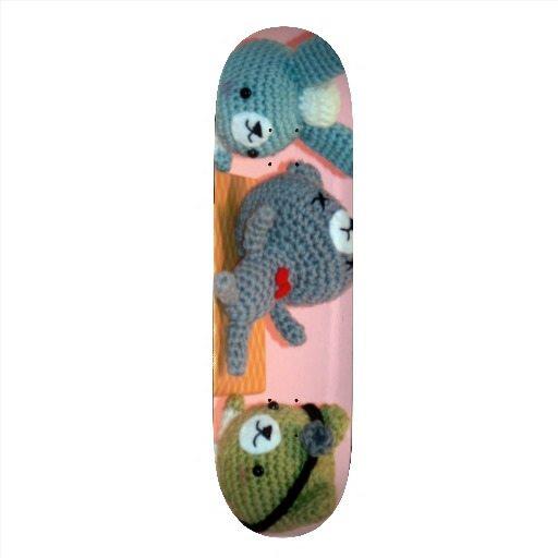 amigurumi skateboard