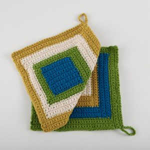 crochet dishcloth pattern Link Love: This Week in Crochet Blogging including Free Crochet Pattern Links