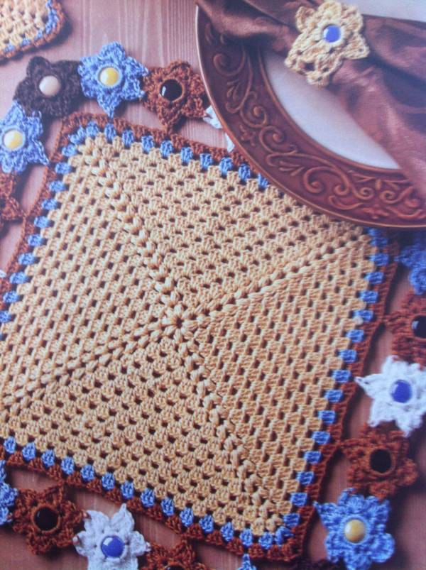 crochet glass placemat