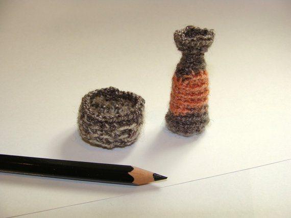 crochet micro vase