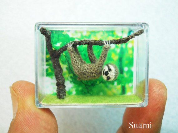 microcrochet sloth
