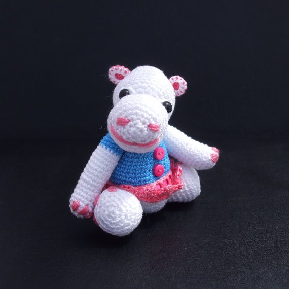 mini crochet hippo