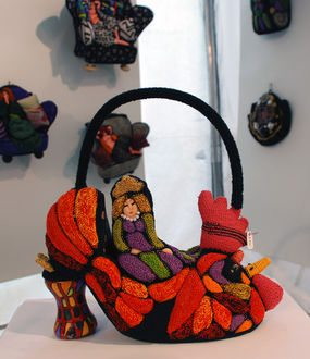 red shoe crochet purse Remembering the Work of Crochet Artist Irene Reed