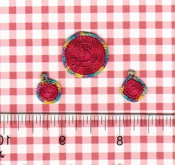 tiny crochet potholders