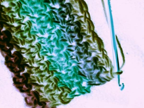upsidedown crochet hook