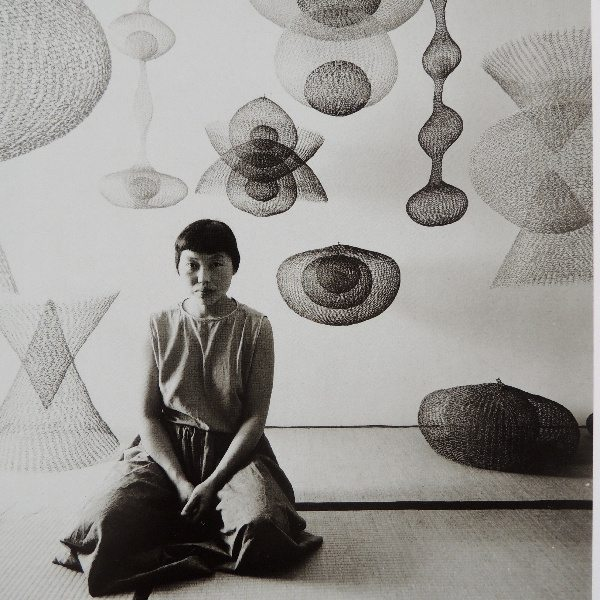 ruth asawa metal crochet sculpture art