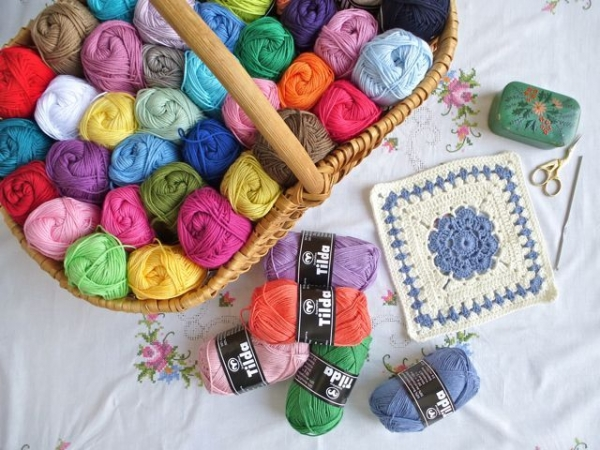 basket of yarn 600x450 10 Beautiful Photos of Yarn, a Pinterest Selection