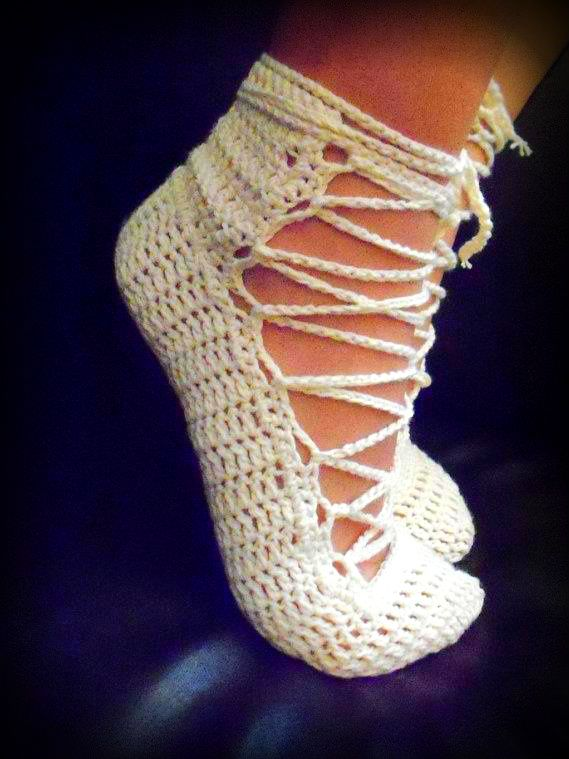 crochet ballet shoes 10 Gorgeous Examples of Crochet Shoes