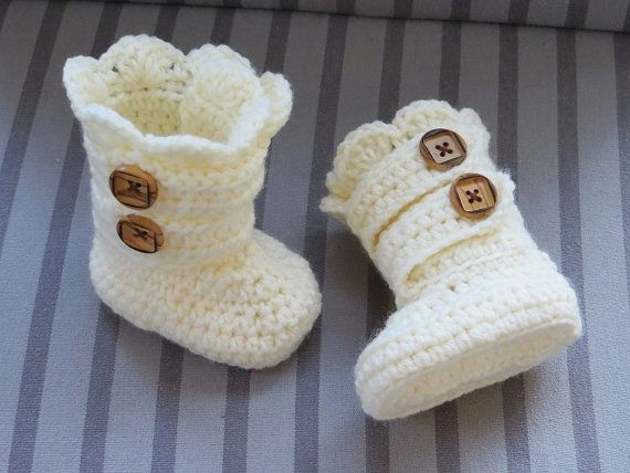 crochet booties 10 Gorgeous Examples of Crochet Shoes