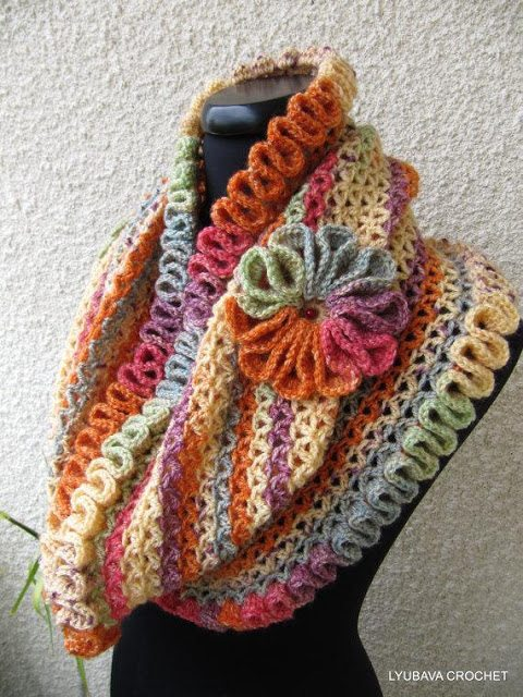 Crocheting Pinterest : 10 Examples of Crochet Scarves From Pinterest