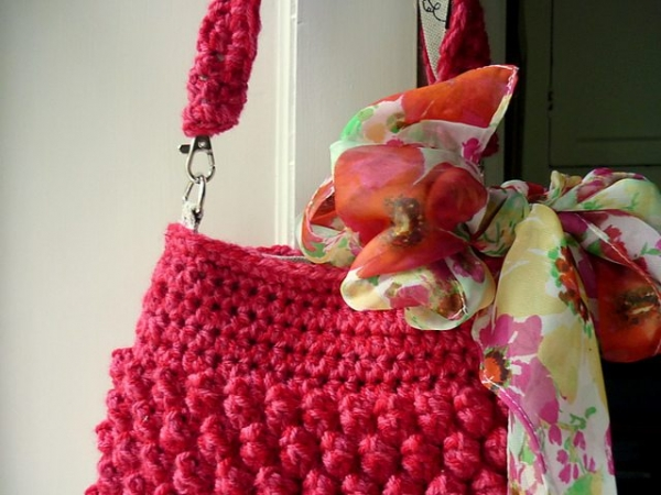 crochet raspberry bag