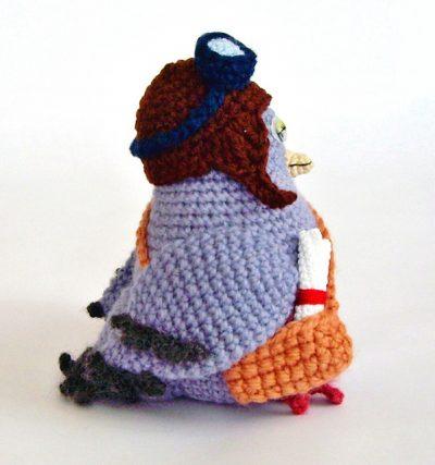 crochet messenger pigeon 400x427 crochet messenger pigeon