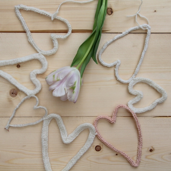 15 More Crochet Heart Patterns For Valentines Day And Beyond