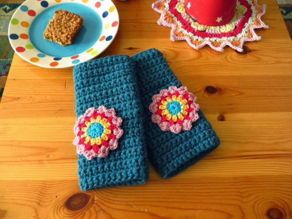 crochet wrist warmer pattern