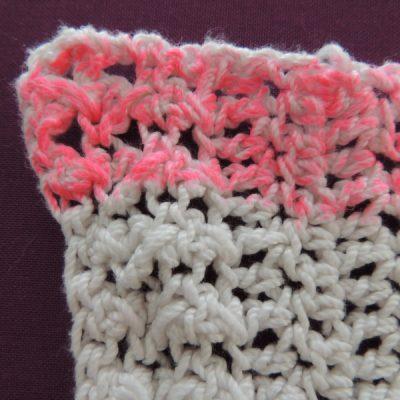 dscn2280 400x400 crochet fabric marker