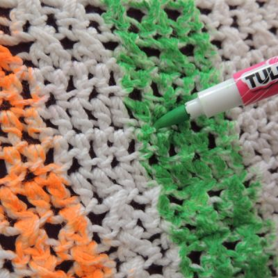 dscn2286 400x400 crochet fabric marker